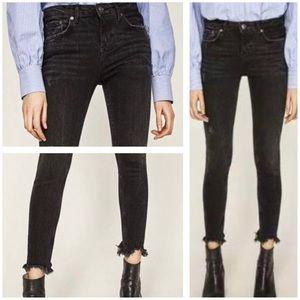 Zara Woman Washed Black Distressed Raw Hem Skinny Jeans Mid Rise